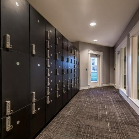 Parcel Lockers | Pinnacle Apartments