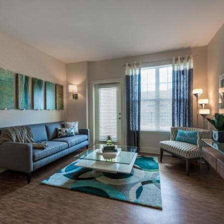Open Living Room | Pinnacle Apartments
