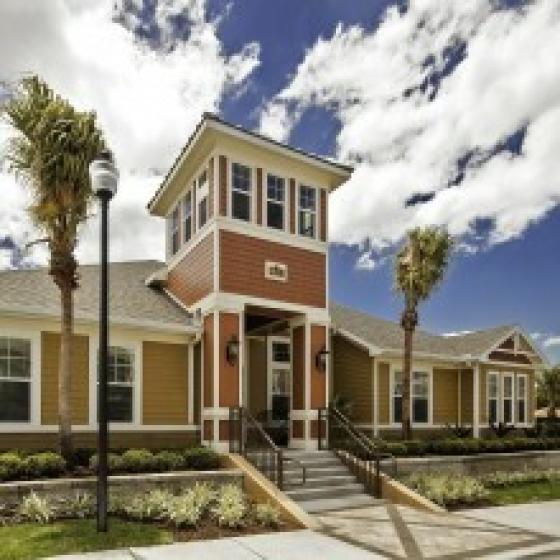 Bayside Court, exterior, main entrance, palm trees