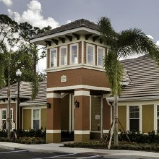 Colonial Lakes Apartments | Now Leasing!