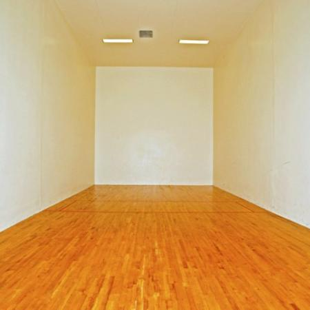 Tucson apartments with racquetball court