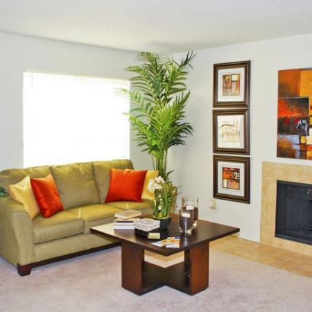 Hickory Farms | pet friendly apartment