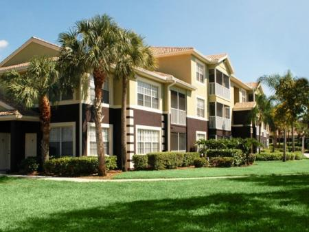 Fort Myers apartments | Private entrances