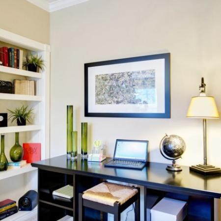 Built-in desk | Built-in Bookshelves | High-end Austin apartments