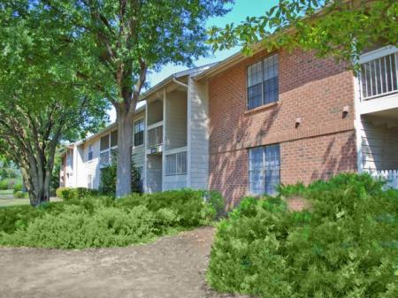 Hickory Farms   2 bedroom apartments
