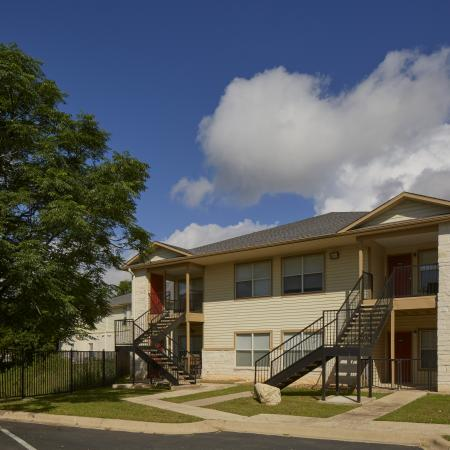 Cypress Garden apartments in Cedar Park TX