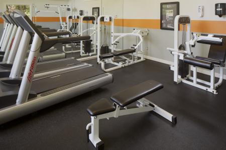 Apartment fitness center at Great Hills
