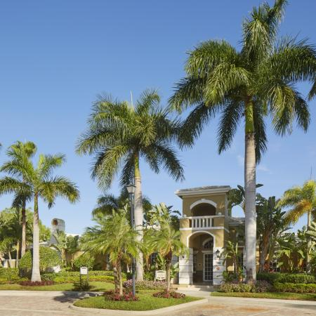 Entrance to Promenade at Reflection Lakes | Fort Myers FL apartment community