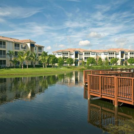 Community lake and deck | Yacht Club at Heritage Harbor | Brandeon FL rentals