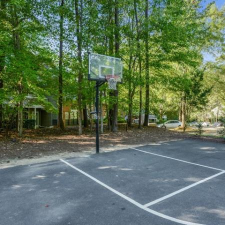 Basketball court | Windemere apartment complex