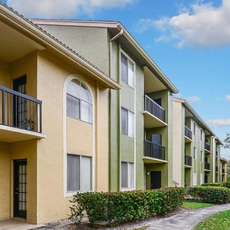 Cypress Shores apartments in Coconut Creek FL