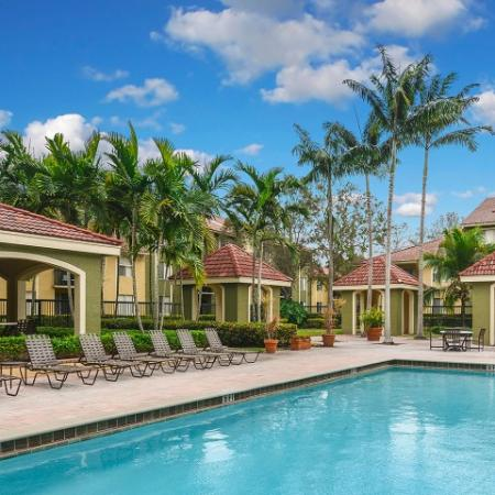 Cypress Shores apartments with luxury amenities