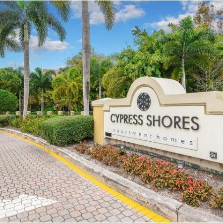 Cypress Shores | High rated apartments