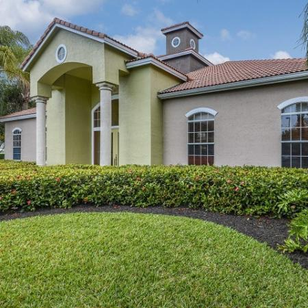 Exterior of Royal St George leasing center | West Palm Beach FL rental community