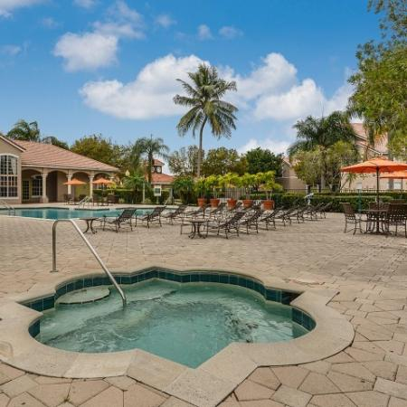 Hot tub at Royal St George | West Palm Beach apartment community