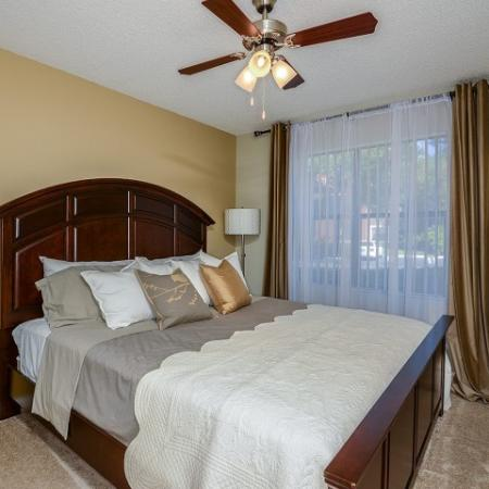 2 bedroom apartments in Village Place