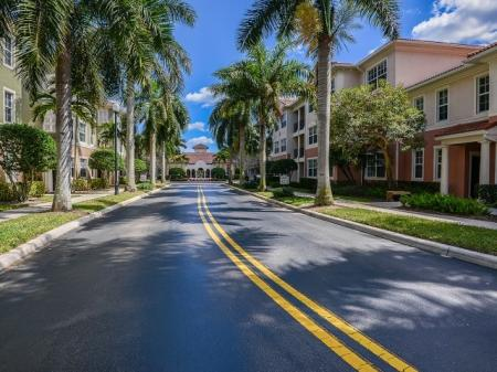 Jupiter apartments with hurricane resistant windows