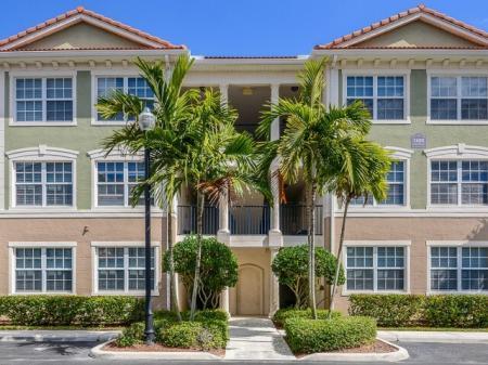 1 bedroom apartment in Jupiter FL