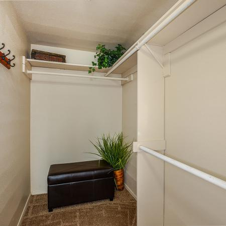 Candlewood   3 bedroom apartments
