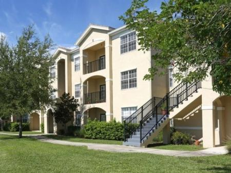 Cypress Legends apartments in Fort Myers, FL