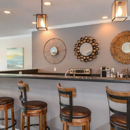 Clubhouse bar seating | River Birch apartment clubhouse