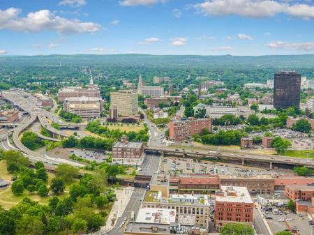 2 bedroom apartment in downtown Hartford