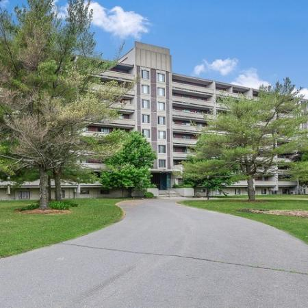 Apartments near Westborough commuter rail