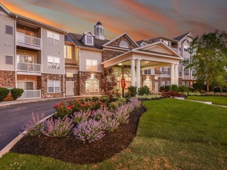 Highlands at Faxon Woods apartments in Quincy MA