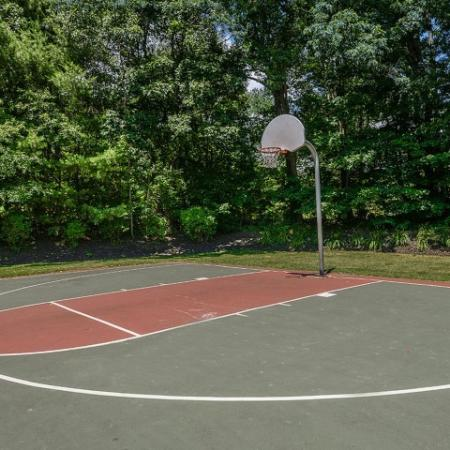 Basketball court | Apartment amenity | Residences at Westborough