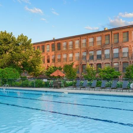 Apartments with pool in Enfield CT