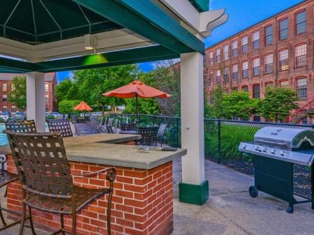 Bigelow Commons | apartments with onsite maintenance