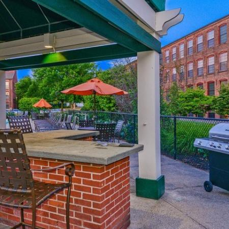 Bigelow Commons   apartments with onsite maintenance