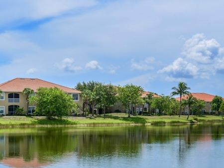 Fort Myers apartments with water views