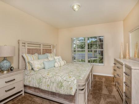 Bay Breeze Villas | 2 bedroom apartments