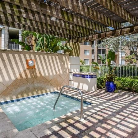 Hot tub | Apartment community in Ft Myers, FL