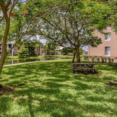 Outdoor grill and picnic area | Promenade at Reflection Lakes | Fort Myers apartments