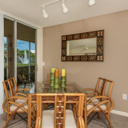 Dining room | 1 bedroom apartment | Promenade at Reflection Lakes