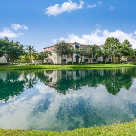 Rental homes with water views | Yacht Club at Heritage Harbor