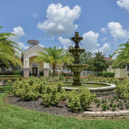 Grandeville on Saxon apartments in Orange City FL