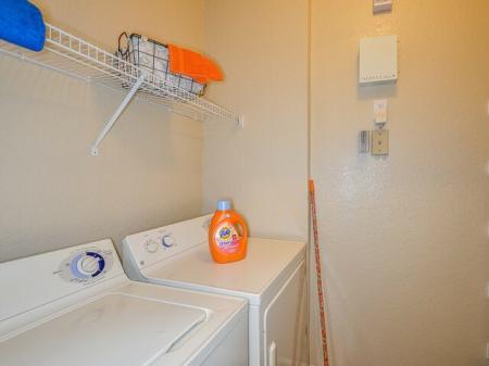 Grandeville on Saxon | 4 bedroom apartments