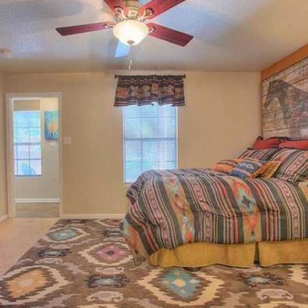 Bedroom in 2 bedroom apartment | Vizcaya Santa Fe