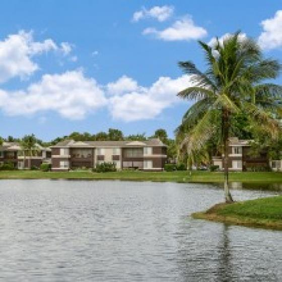 Fort Myers Apartments Iona Lakes