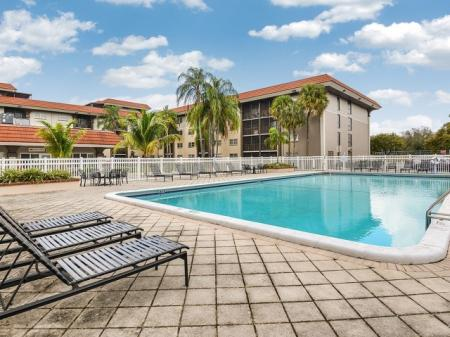 Apartment pool at Plantation FL apartments