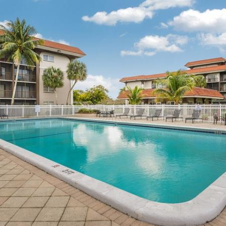 Plantation FL apartments with pool