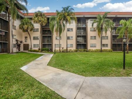 Plantation FL apartments close to good schools