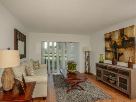 1 bedroom apartment in Plantation FL