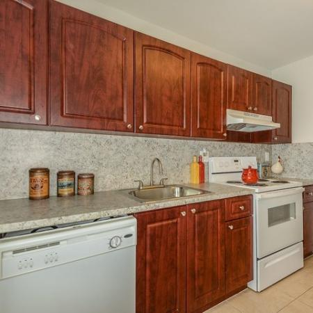 Del Oro | 2 bedroom apartments