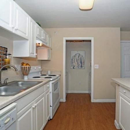 Kitchen with dishwasher | Monterey Ranch rentals
