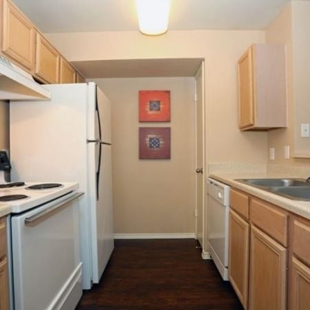 Fully-equipped kitchen | apartments in South Austin