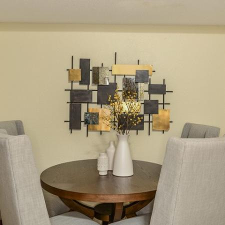 Dining room in 2 bedroom Royal St George apartment
